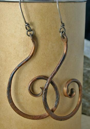Image of Curly Que' Earrings
